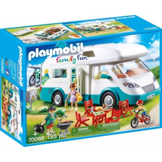 Playmobil 70088 Family Fun Family Caravan